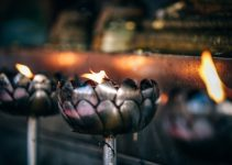 A Simple Guide to DIY Candle Making