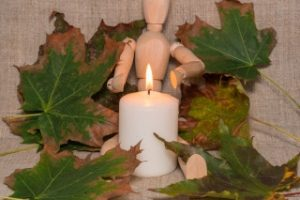 Simple Candle Crafts With DIY Candle Making Supplies